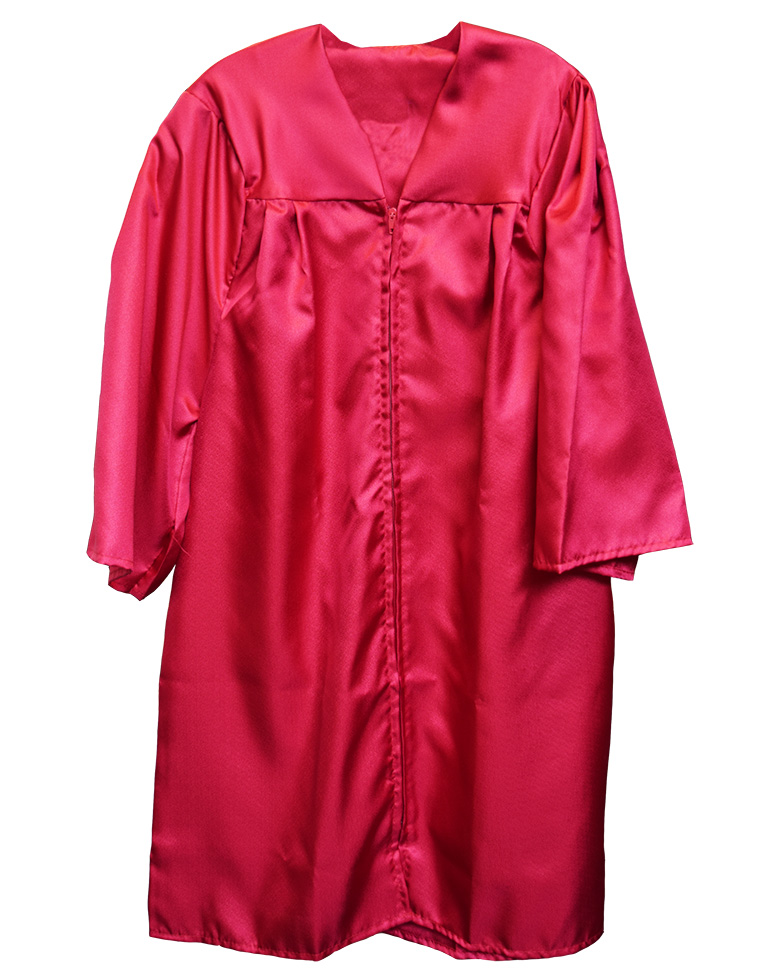 Cover Image For Bachelor's Gown  (Be advised all regalia sales are final)
